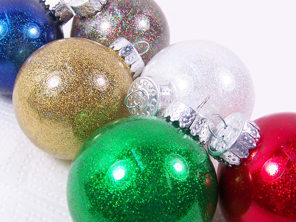 make your own christmas bulb ornaments