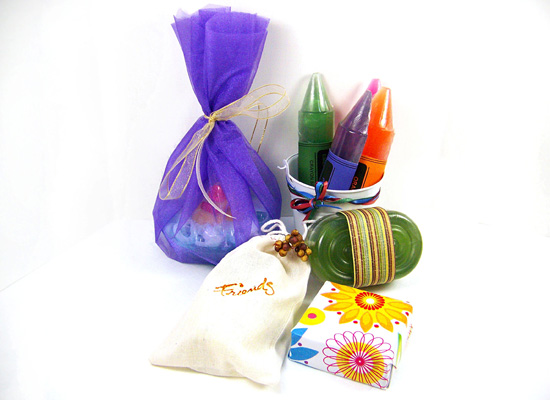 many ways to package your soaps, be creative and have fun!