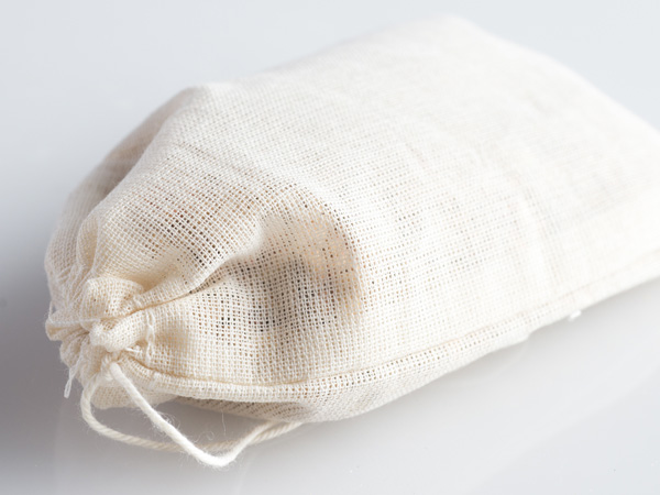 scented sachet in muslin bags