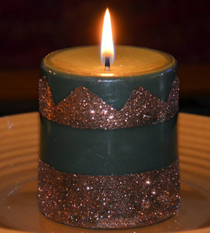 Candle made with copper glitter and these candle making directions