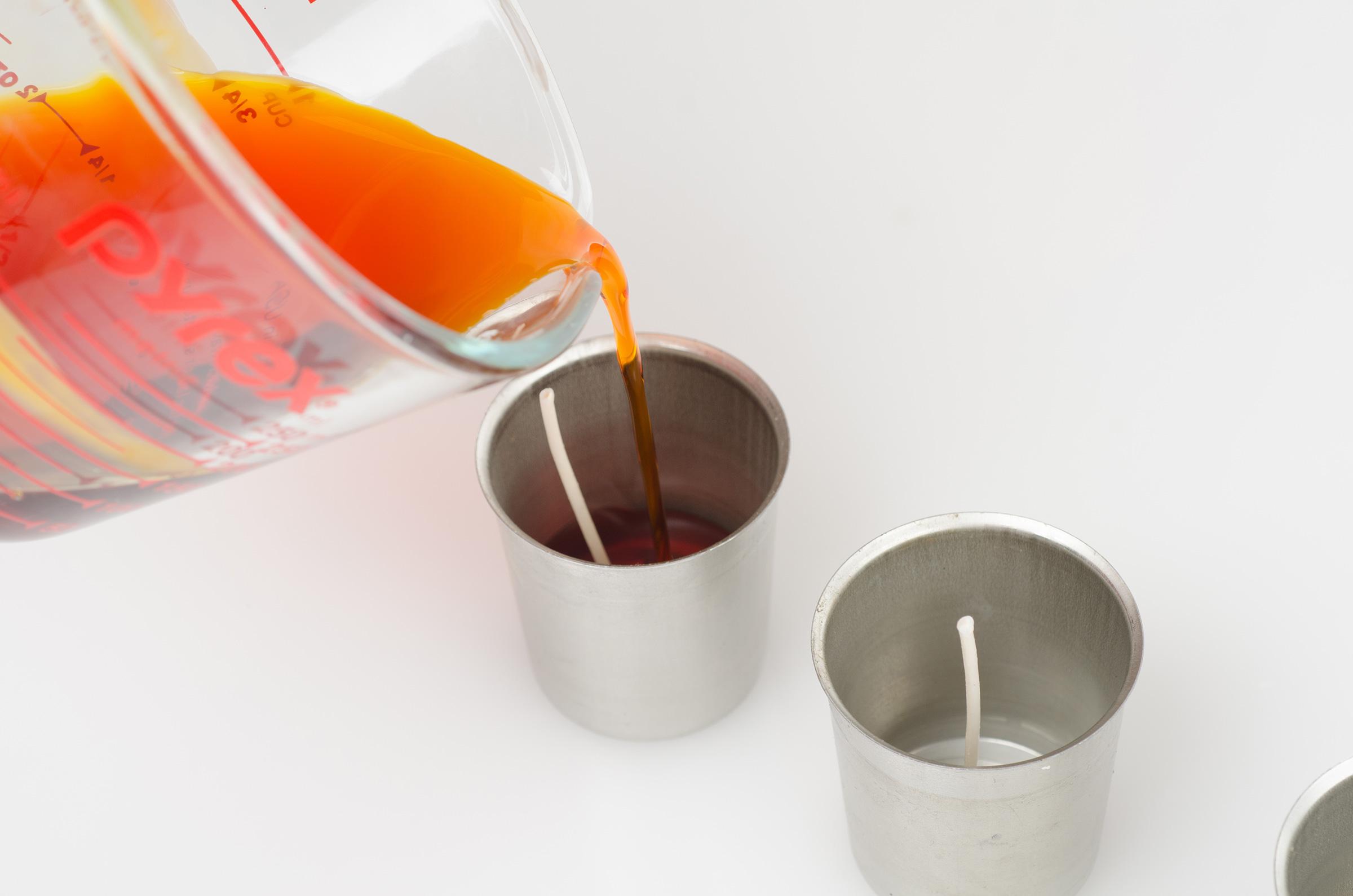 add orange liquid premium colorant and pour first layer