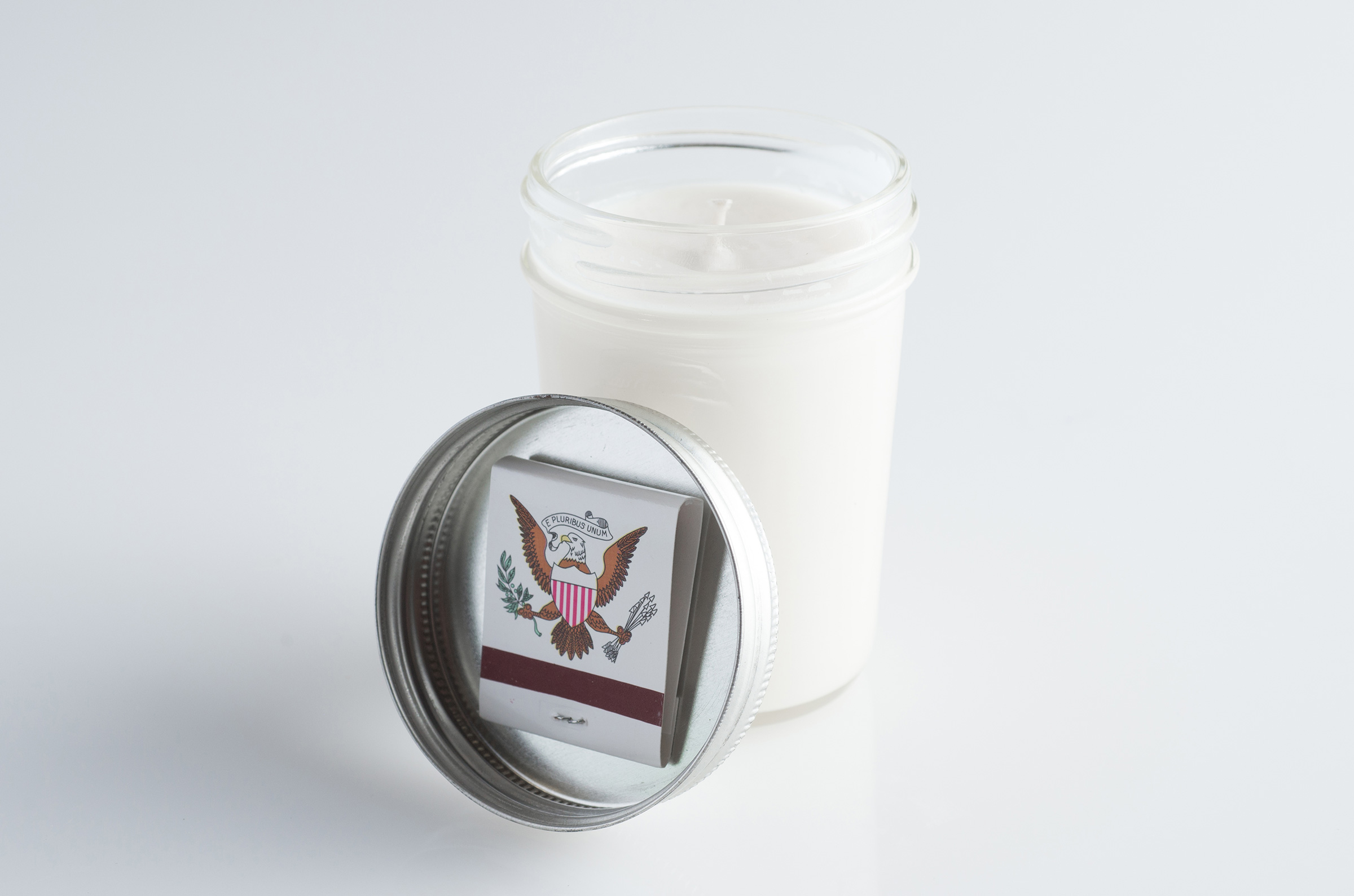 emergency candle ready to use